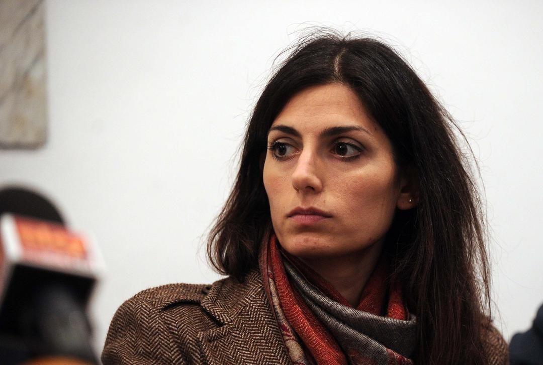 Roma, casa popolare a famiglia marocchina: esplode la protesta