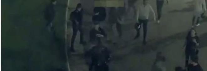 Sette arresti per la rissa con coltelli a Piazza Cavour