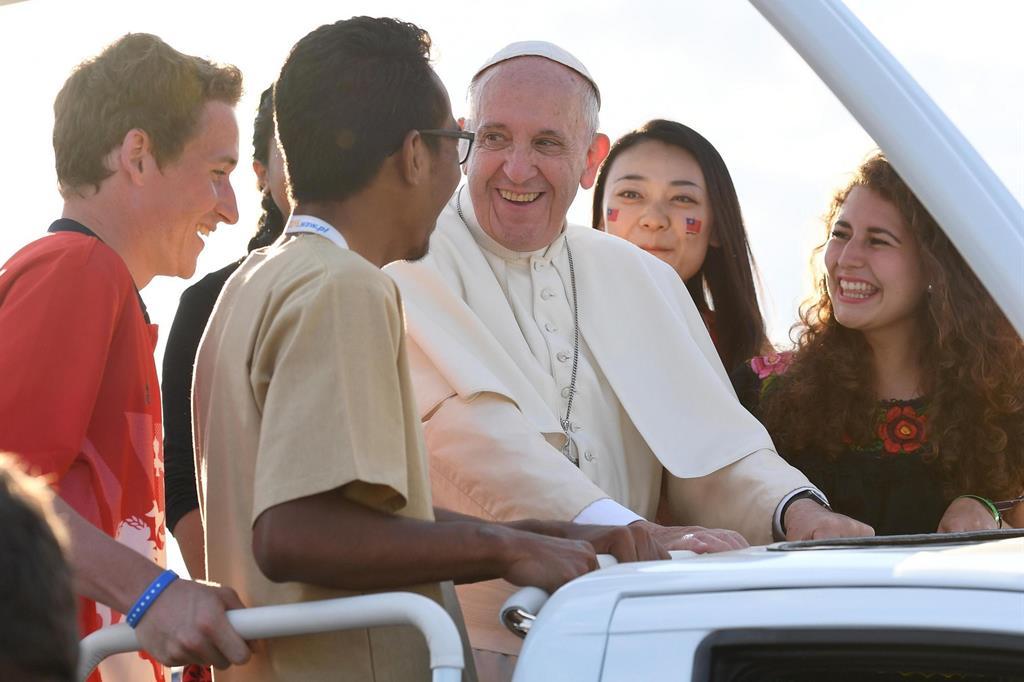 Papa Francesco ai giovani: fate sentire il vostro grido