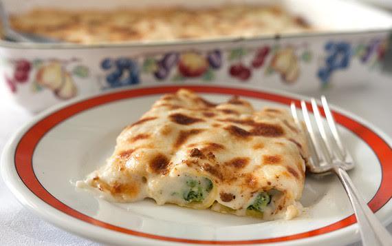 Cannelloni ricotta e spinaci: leggeri, gustosi e di sicuro effetto