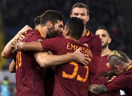 Roma ne fa quattro alla Fiorentina e torna seconda