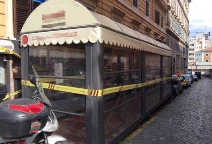 """ESQUILINO – Scoperto """"dehors"""" abusivo, sigilli ad un ristorante in zona"""