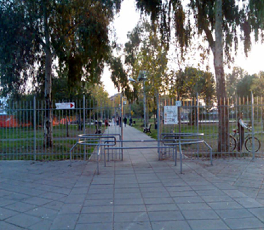 PIETRALATA - Paura al parco giochi, bambino aggredito dal cane