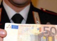 EUR – Droga e soldi falsi in casa: Arrestato