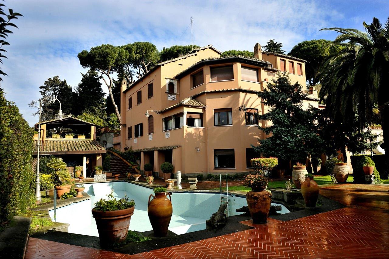 La villa di alberto sordi un mondo da scoprire il nuovo for Corriere casa
