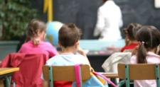 Violenze fisiche e psicologiche su alunni anche disabili: arrestata maestra