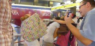 Le baby-borseggiatrici rom? Non le ferma nessuno