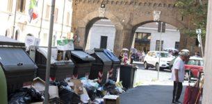 """Un """"grande fratello"""" per scovare chi abbandona i rifiuti per strada"""