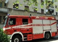 TOGLIATTI – Deposito in fiamme tra i palazzi
