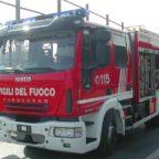 Gli incendi infuriano e trenta nuovi mezzi super-attrezzati restano parcheggiati alla Pisana?