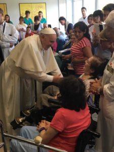Il Papa alla Fondazione Santa Lucia in una foto pubblicata sul profilo Facebook della struttura