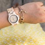 Orologi in Legno: tutti li vogliono, ecco i consigli per scegliere quello adatto al proprio stile