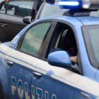 Dopo una lite colpisce uomo con la bottiglia e lo rapina: arrestato