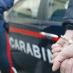 CENTOCELLE - Carabiniere riconosce un detenuto ai domiciliari e viene aggredito: due arresti