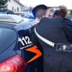 CIVITAVECCHIA - Stacca a morsi l'orecchio della compagna: arrestata