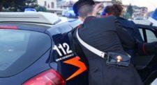 CIVITAVECCHIA – Stacca a morsi l'orecchio della compagna: arrestata