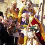 Blitz delle Femen in San Pietro: attivista cerca di afferrare statua Gesù Bambino