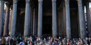 Al Pantheon arriva il biglietto: 2 euro dal 2 maggio 2018