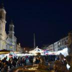 PIAZZA NAVONA - Mercatini di Natale? Mai vista tanta desolazione