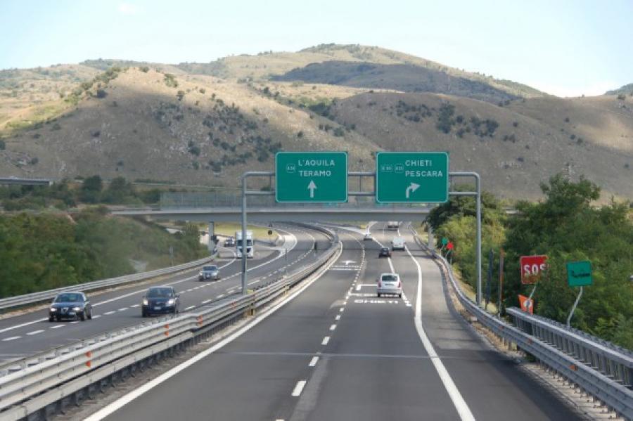 Zingaretti: folle aumento dei pedaggi sulla A24, incontro Delrio
