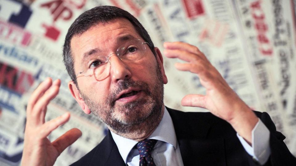 Scandalo scontrini, l'ex sindaco Marino condannato a due anni per peculato