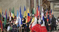 Papa Francesco a Messa migranti: peccato è rinunciare a incontro con l'altro