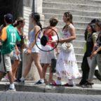 Baby ladre in azione tra i turisti in centro
