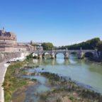A Roma il Tevere soffre per la siccità