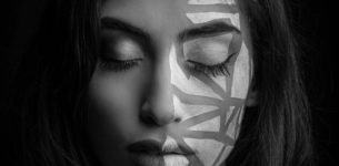"""Alice Caioli Al primo posto secondo la giuria demoscopica   in gara tra le Nuove Proposte del Festival di Sanremo   con il brano """"Specchi Rotti"""""""