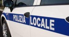 TOR PIGNATTARA – Minaccia i passanti, bloccato dalla Polizia Locale