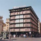 PIAZZA FIUME - Falso allarme bomba alla Rinascente, evacuati dipendenti e clienti