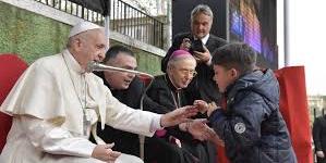 CORVIALE – Bagno di folla per Papa Francesco