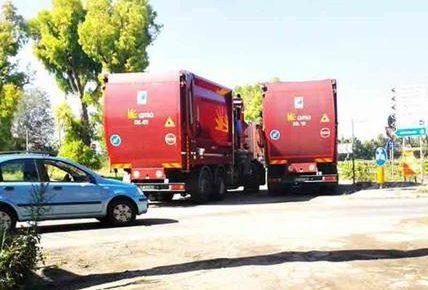 Montino e la guerra dei rifiuti, Fiumicino chiude le strade