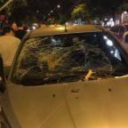 PRATI - Grosso ramo si schianta su auto. A bordo donna incinta, sotto choc