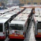 Trasporto pubblico al collasso300 mezzi fermi nei depositi per guasti