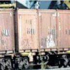 Treno-discarica fermo da due mesi: i rifiuti restano al Salario