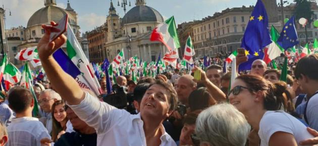 Pd in piazza a Roma contro il governo:<br> &#8220;Qui per difendere l'Italia&#8221;