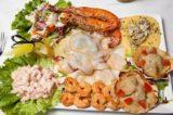 Come accompagnare una cena di pesce
