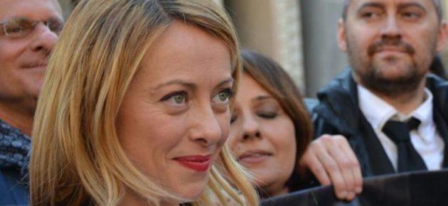 Fatturazione Elettronica: Giorgia Meloni in piazza: follia che farà chiudere tanti