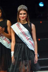 La vincitrice di Miss Bellezza nel Mondo 2018 Madalina Buga