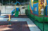 PRATI – Dopo dieci mesi il giardino di via Sabotino riapre con i nuovi giochi