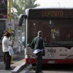 PORTONACCIO - Autista Atac salva ragazza dal suicidio: voleva lanciarsi dal ponte sulla Tiburtina