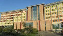 Ospedale Spaziani di Frosinone, barelle nei corridoi e posti letto esauriti