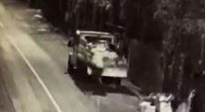 Camion butta rifiuti illegalmente