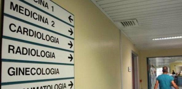 Zingaretti non taglia le liste di attesa ma multa i malati