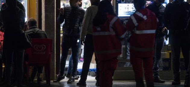 CINECITTA' – Spari in tabaccheria, muore uno dei due rapinatori