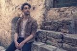 "Musica e curiosità tra ""Odore d'incenso"" di Junior V e ""Cerco Casa"" di Francesco Dal Poz"