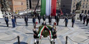 2 giugno, Mattarella:<br> 'Crisi esige unità, responsabilità, coesione'
