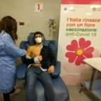 V-DAY per l'INI Città Bianca: somministrate le prime dosi di vaccino anti-covid19 agli operatori san...