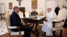 Papa Francesco incontra Zingaretti e Raggi